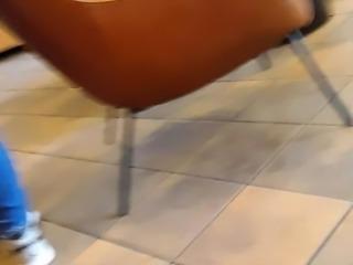 Milf ass at Starbucks CREEPSHOT no.2