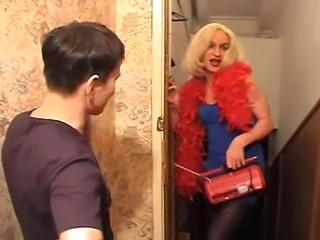 Russian transvestite get barebacked