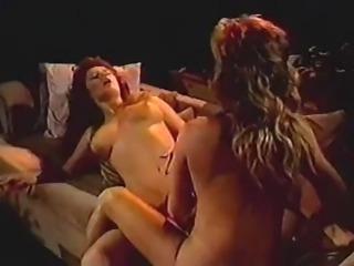 two sexy lesbi