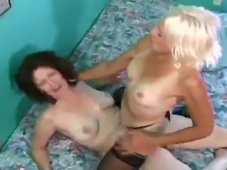 Hairy Milfs Lesbians BVR