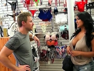 There is nothing shy about Kiara. The moment she entered the store every eye...