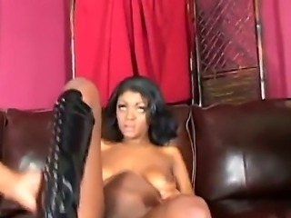 Ebony cougar Jenna Brooks gets fucked hard but sweet in her tight ass and...