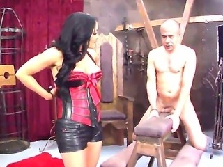 Demanding Kiara Mia wants worthless slave