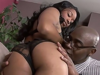 The sexy and appetizing ebony Imani Rose in a sexy lingerie seduced her Big...
