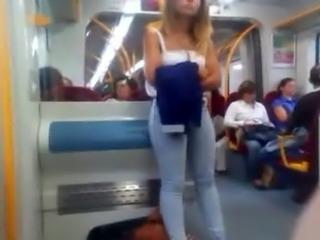 Gostosa no train pt 1 free