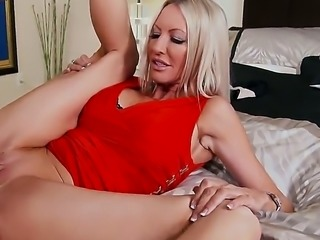 Emma Starr gets doinked real heavily while wearing red and black lingerie....
