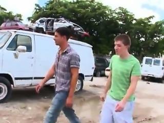 Black gay thug porno Jordan pulls Donny\'s trousers down to h