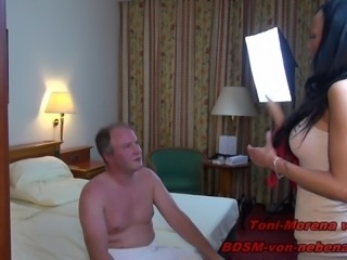 YOUNG GERMAN BDSM TEEN - FUCK REAL USER WITH STRAPON