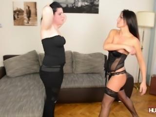 Hunterotic.com - Faceslapping, Sophia Star &Sarah Miller
