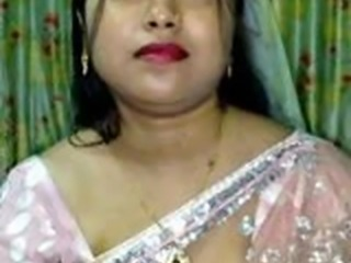 This is the slideshow set of busty and chubby Indian women