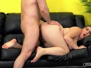 Chubby Alex Chance loves to get fucked live on her cam