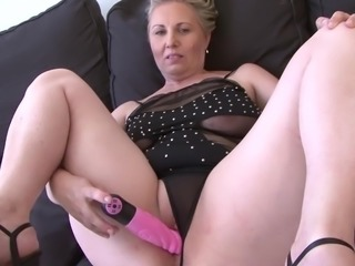 Granny Mouth Fuck Deepthroat Blowjob Swallowing Cum Fucking