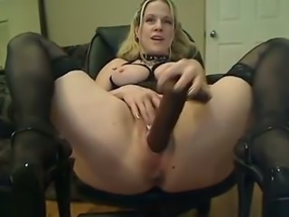 Pigtailed slutty blonde BBW with enormous ass uses enormous toy for twat