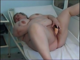 Old fatty with short hair and huge saggers gonna masturbate in the hospital
