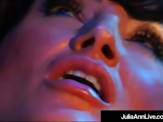 Lesbian Milfs Julia Ann & Lisa Ann Eat Pussy In Older Film!