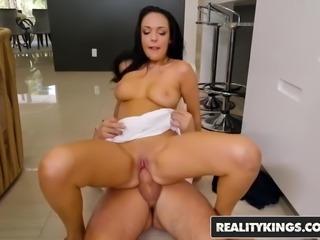 Reality Kings - Sneaky Sex - No Fucking Around - Sofi Ryan B
