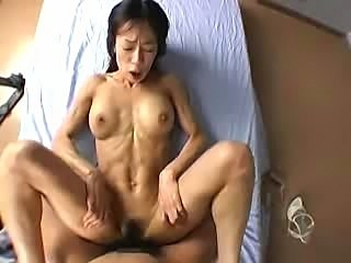 Muscle Maturer Woman Active sports instructor TakaseMidori 41 years old